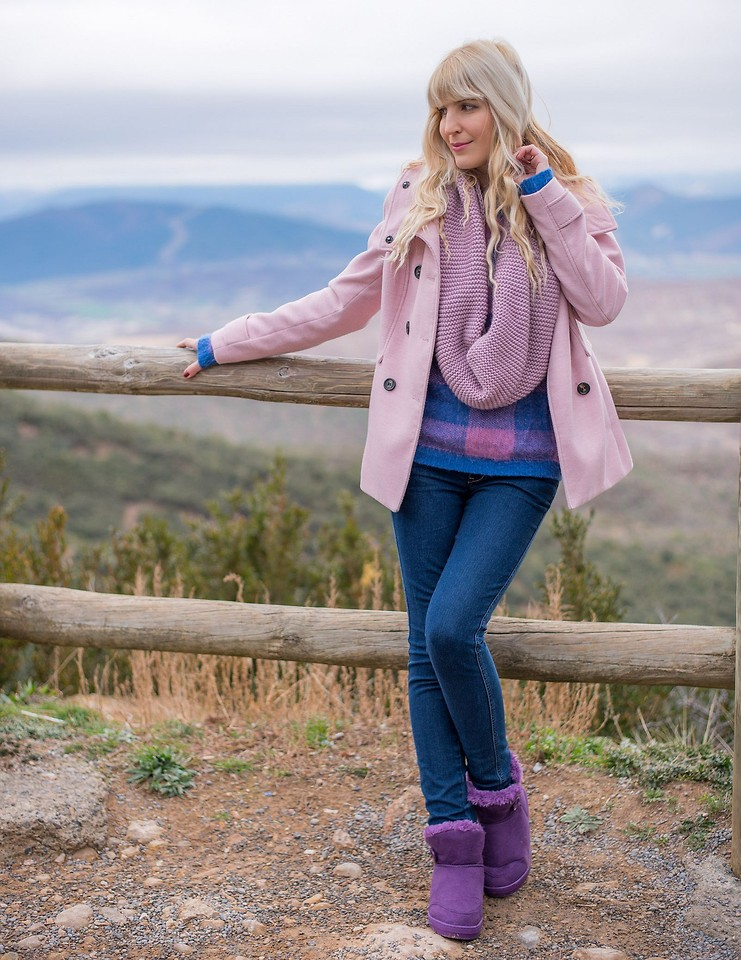tijana j d h m pastel pink coat tex knit dusty pink scarf bershka sweater h m blue skinny jeans holly violet snow boots in the mountains lookbook tijana j d h m pastel pink coat tex knit dusty pink scarf bershka sweater h m blue skinny jeans holly violet snow boots in the mountains lookbook