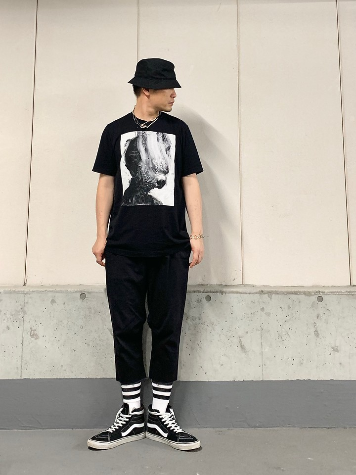 Masaki H M Bucket Hat Jesee Draxler Dark Art Tee Ch Cutoff Cropped Vans Hitop Dark Summer Street Lookbook