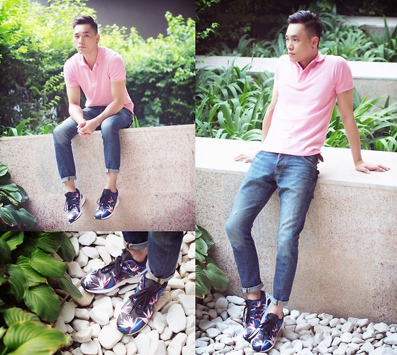polo jeans and sneakers