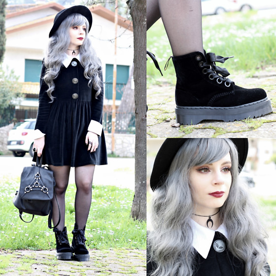 Federica D - Dr Martens Molly Boots