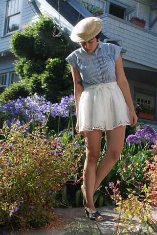 Cali Vintage - The Last Straw Hat, Vintage Blouse, Summer Solstice Shorts, The Perf Sandals - Gibson girl
