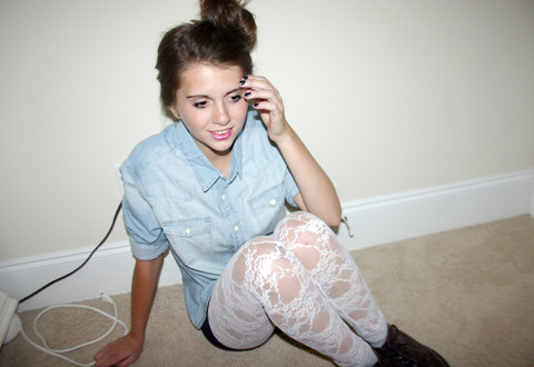 Megan Braaten - Urban Outfitters Jean Button Up Top, Wet Seal White Legging Tights - Heads Will Rolllllllllll