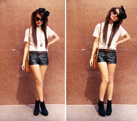 Anouska Proetta Brandon - American Apparel Shirt, Urban Outfitters Belt, H&M Shorts, Market Necklace, A Wear Headband - NYC :)