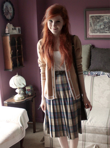 Rachael S - Thrifted Tan Cardigan, Vintage Pleated Skirt, Coach Vintage Purse - Like a robin upon a tree