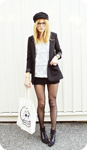 Kajsa N - Cheap Monday Bag, H&M Sailor, Din Sko Wedges, Lindex Lace Blouse, H&M Blazer - I'm still alive but I'm barely breathing