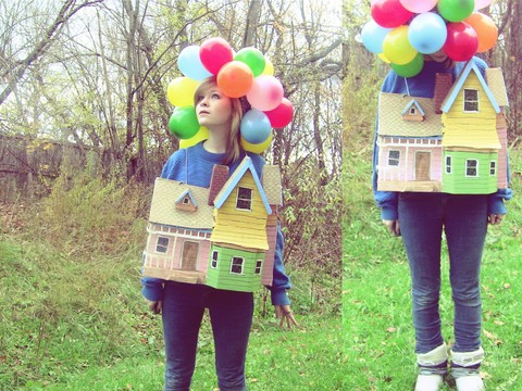 Sara Smith - Made Of Cardboard And Tape House, 470,000 Balloons, From My Friend's Dumpster Moonboots - Carl and Ellie's Flying House - Halloween Costume