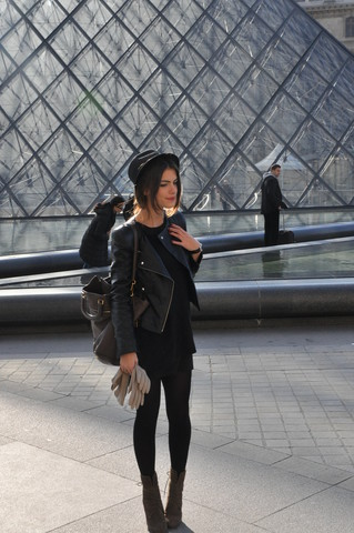 MARITSANBUL - Zara Forever New Leather Jacket,Prada Bag,Mango Top,Zara Boots,Hat And Gloves - Louvre inspiration!