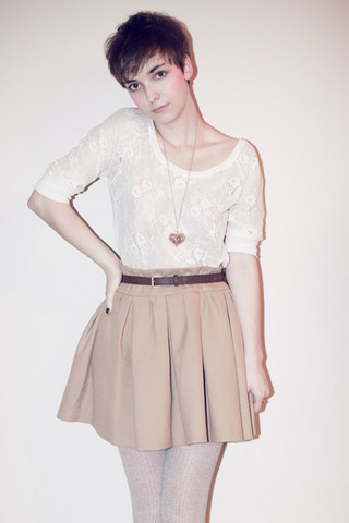 Natalie K - Bershka Blouse, Aldo Necklace, Zara Skirt, H&M Tights - Giveaway on my blog!