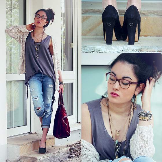 Alessandra Kamaile - Twin Set Heels, The Editors Market & Diy Shredded Top, Alexander Mcqueen Bag, Tom Ford Glasses, Aloha Helsinki Evil Eye Bracelet, Abercrombie & Fitch Cardigan, Zara Jeans - Sometimes you have to break the rules to be happy!