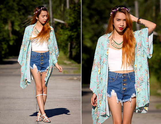 Wicked Ying NEW - In Love With Fashion Floral Kimono, Oasap Denim Shorts, Vaintage Gladiator Flats - Flower Child