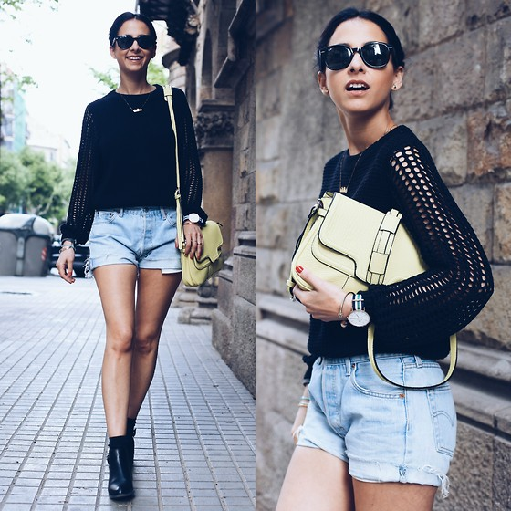 Milagros Plaza - Ivy Revel Knitted Sweater, Levi's® Denim Vintage Shorts, Daniel Wellington Watch, Indi & Cold Yellow Bag - KEENE BLACK