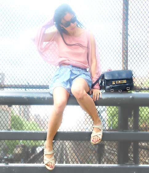 Hobovogue . - Vintage Blouse, Proenza Ps11 - Perched ✌