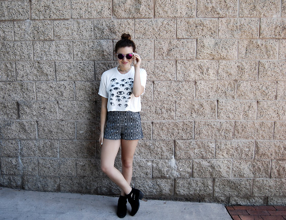 Chloe Parr - Urban Outfitters Tribal Shorts, Topshop Cutout Booties, Brandy Melville Usa Eyes Crop Top, Aqs Sunglasses - Eye See You