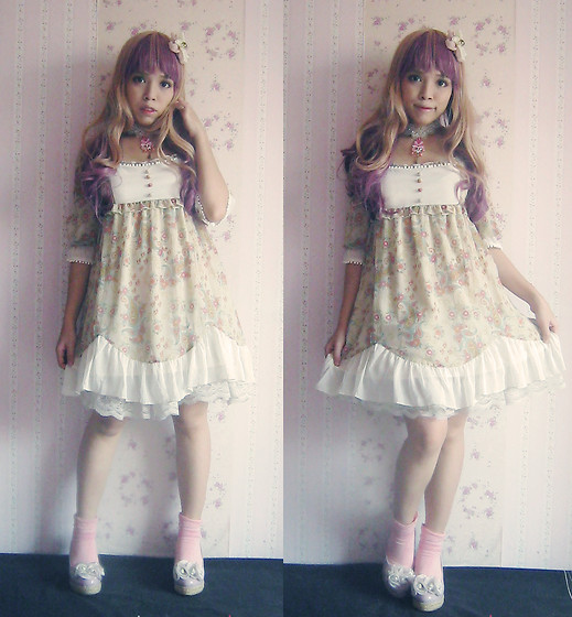 Justine Chantelle Abad - Labyrinth Garden Milk Tea Floral Hime Dress, Dorotee Sweetlips Princess Choker - Princess coffee latte