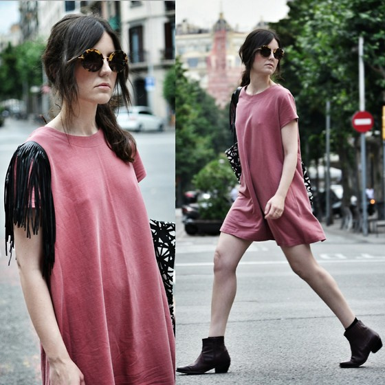 Laura Views - Lazy Twins Dress, Asos Boots, Miu Sunnies - Fringe & Pink