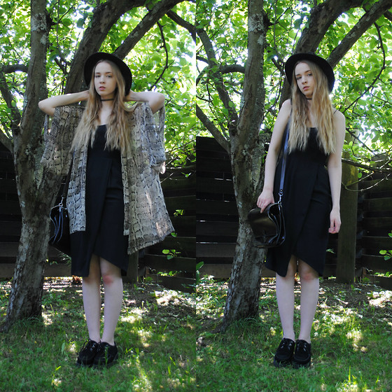 Noora V - Lindex Dress, 2nd Hand Satchel, H&M Kimono, Indiana Jones Hat, Underground Creepers, Gina Tricot Choker - If I´m a wolf, you´re the moon