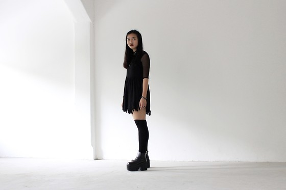 Brandi Foo - Topshop Mesh Top, Unif Stray Jumper, Unif Heathers Boot - Blame it on the boys