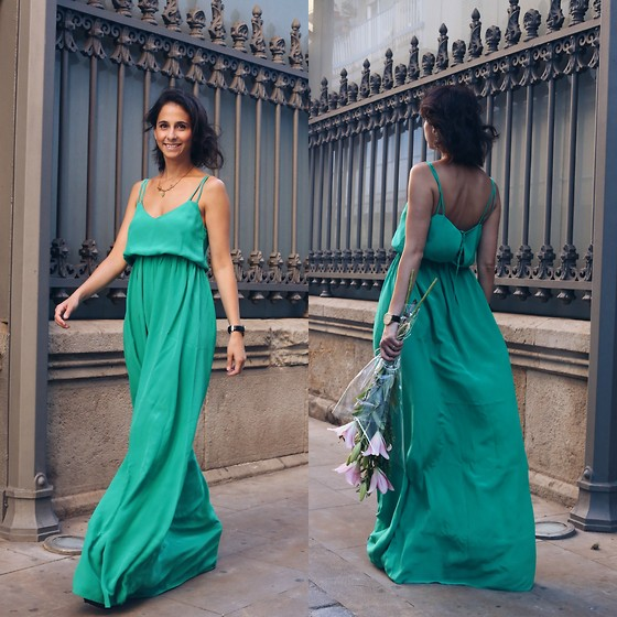 Milagros Plaza - Tmx Green Open Back Dress - The green dress