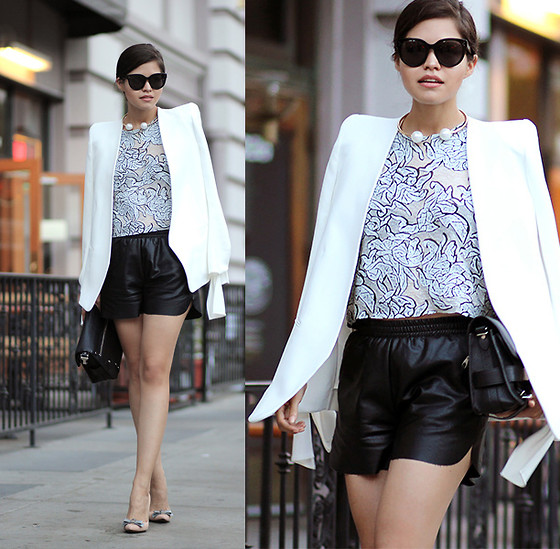 Adriana Gastélum - Chloé High Shoulder Blazer, Céline Audrey Sunglasses, Balenciaga Top, Sheinside Faux Leather Shorts, Isaac Mizrahi Bow Pumps - The Powerful Blazer