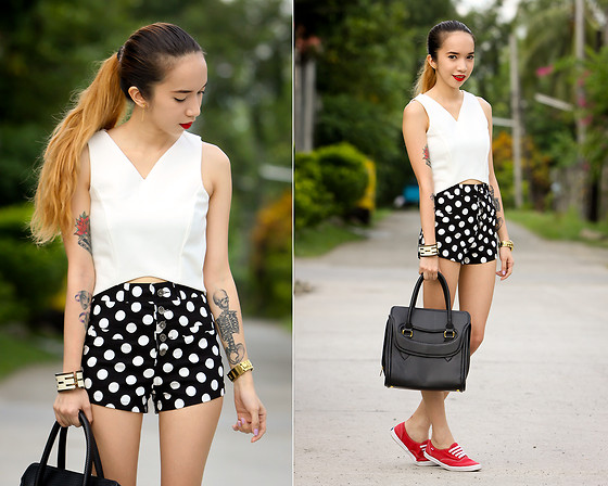 Wicked Ying NEW - Pinkaholic V Crop Top, Blackfive Clothing Polka Dot Shorts, Maxene's Alexander Handbag, Spruce Ph Keds Sneakers - Dots and Weaves
