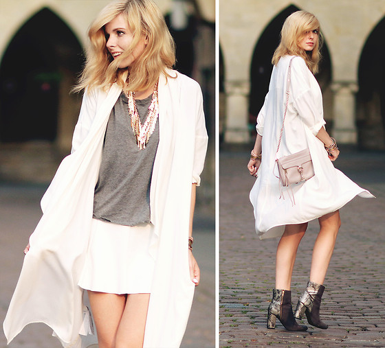 Jana Wind -  - White summercoat