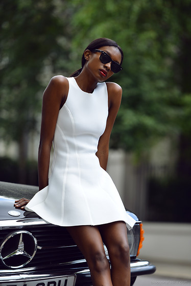 Natasha N - Dress, Ray Ban Sunglasses - The White Dress