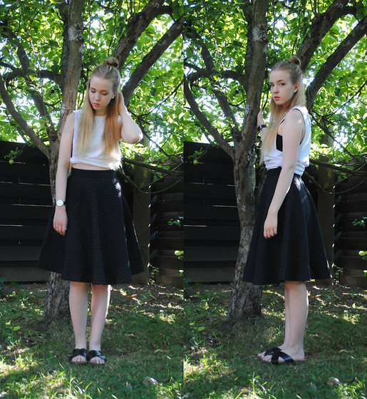 Noora V - H&M Top, H&M Skirt, H&M Sandals, Daniel Wellington Watch - The light in your eyes