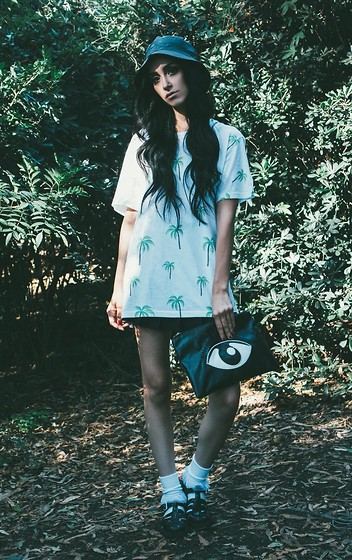 Linabugz . - Who? Clothing Palm Tree T Shirt, American Apparel Tennis Skirt, Inu Eye Bag, American Apparel Frilly Socks, Juju Jelly Jellies, Who? Clothing Bucket Hat - Eye of the Beholder