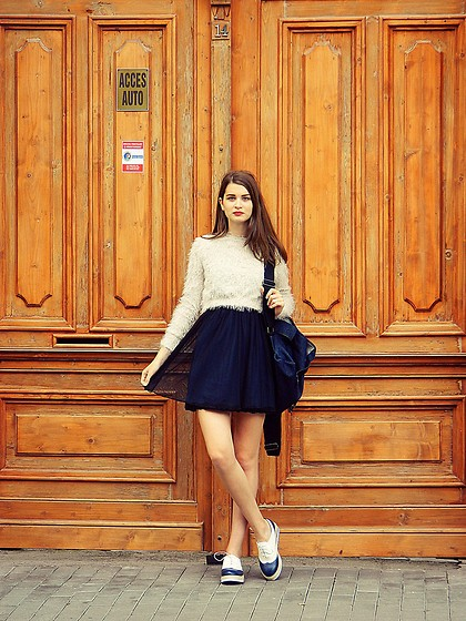 Ligia ▲ - Zara Sweater, Pull & Bear Dress, Stradivarius Shoes - For you-you I'd leave it all