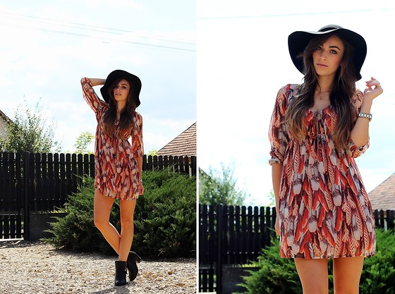 Betty K - Bershka Dress - Festival Time