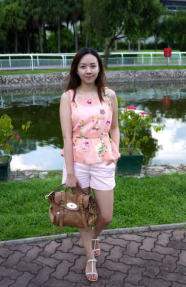 Rita C - Forever 21 Peplum Top, Gap Pink Shorts, Prada Mint Green Sandals With Bows, Mulberry Biscuit Bag - Flower garden_083114