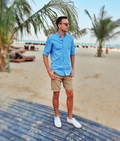 Sven A - Asos Shorts, Superga Cotu Classic White, Asos Sunglasses - Missing the Sea