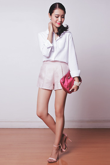 Tricia Gosingtian - The Sm Store Top, The Sm Store Shorts, Baghuntermanila Pouch, Stylehood Heels - 090714-2