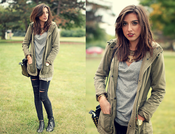 Alexis Kelly - Asos Leather Boots, Michael Kors Leather Bag, Urban Outfitters Cool Necklace - Ripped Jeans.