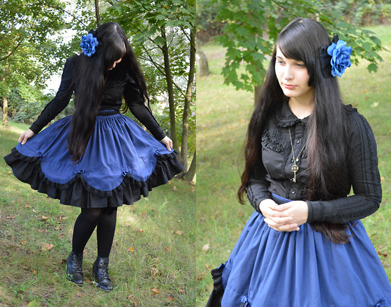 Yuki Ichigo - Handmade Skirt, Annahouse Blouse, Off Brand Key Necklace, Handmade Rose Headbow, Off Brand Black Tights, Off Brand Shoes - Night Fairy