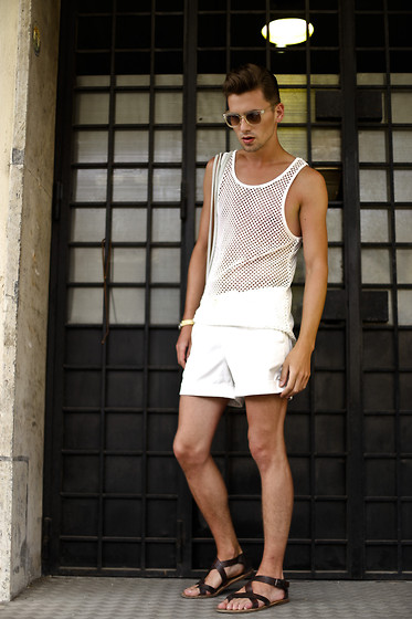 Łukasz Omiotek - Pull & Bear Sunglasses Pull&Bear, Shorts Designed By Myself, Zara Sandals, H&M Tank Top, Photographer : Leonardo Damo - Whiteness hegemony