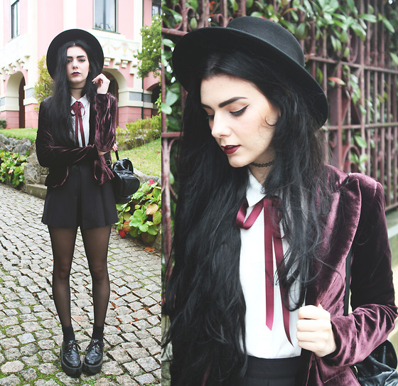 CLAUDIA Holynights - Olx Vintage Velvet Blazer, Frontrowshop Pleated Shorts, Styleground Creepers - Burgundy