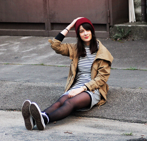 Nora Aradi - Choies Dress, Asos Beanie, Converse Sneakers, Bershka Parka, H&M Sweater - In stripe