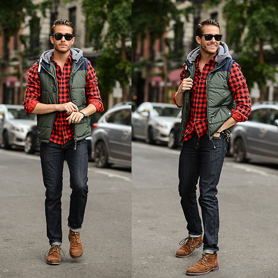 Adam Gallagher - Levi's® Levis, Cat Footwear, Cotton On, Ray Ban Ray Ban, Nialaya Jewelry - Forester - live in levis