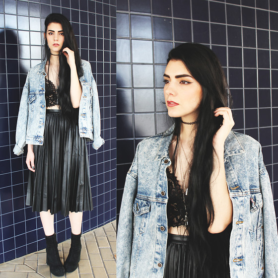 CLAUDIA Holynights - Levi's® Acid Wash Jacket, Style Moi Lace Top, Shalex Leather Pleated Midi Skirt - You make me feel alright