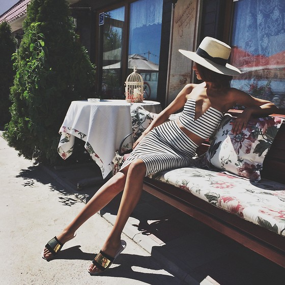 Tina Sizonova - H&M Hat, Choies Twin Set - Summer is love!