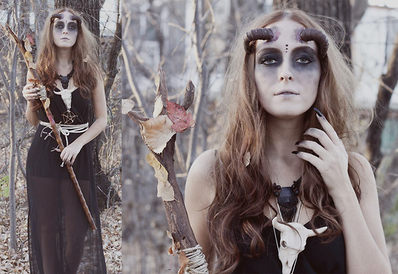 Breanne S. - Hand Made Horns, H&M Dress - Back to the shadows, demon.