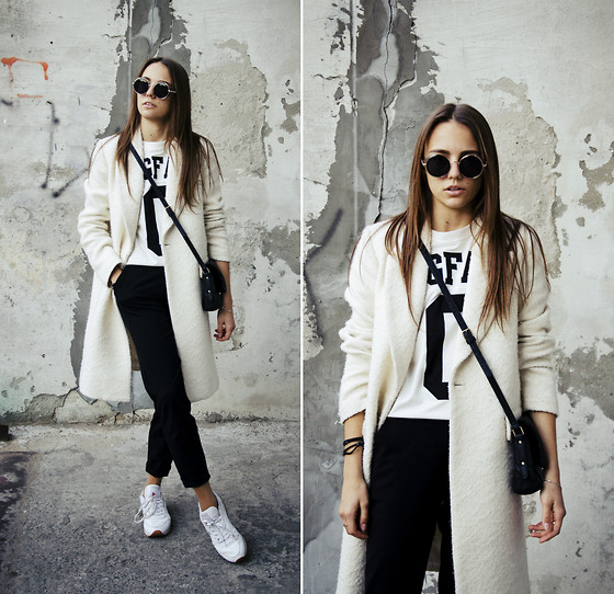 Darina Suprun - Zara Coat, Unif T Shirt - In my mind