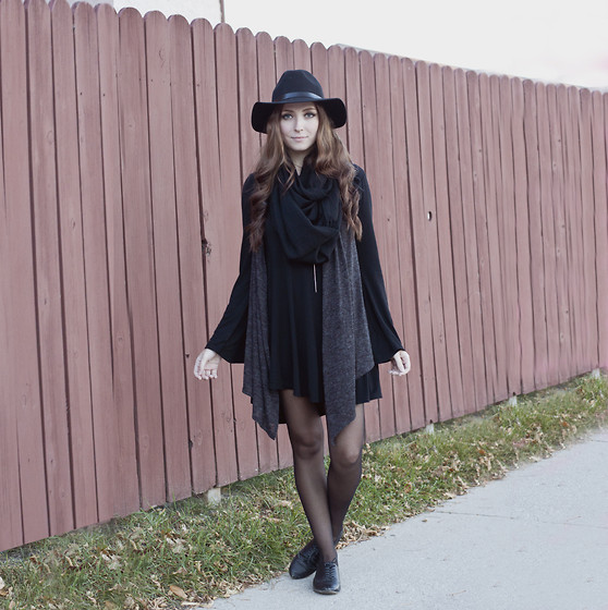 Breanne S. - Gypsy Warrior Bell Sleeve Dress, H&M Vest, H&M Wide Brim Hat - Ultragrey