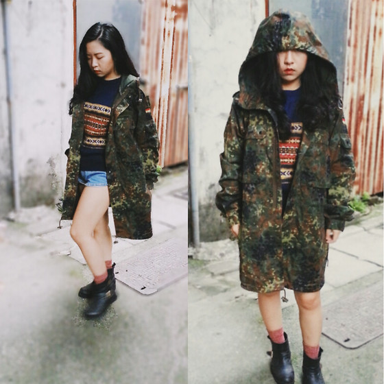 Junci Wang - Germany Army Camouflage Overcoat, Vintage Sweater - Keep walking