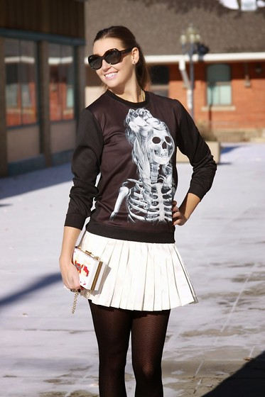 Cindy Batchelor - Oasap Skeleton Girl Sweater, Oasap Sweet Mermaid Ace Of Cards Clutch - A Skeleton Print Sweater for Fall