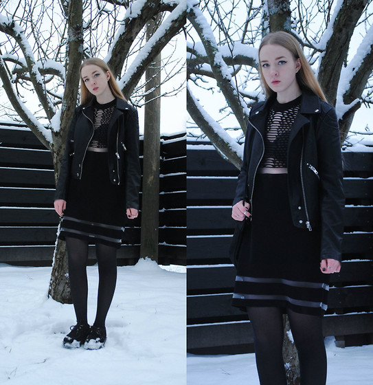 Noora V - H&M Alexander Wang X Dress, Saints & Mortals Leather Jacket, Underground Creepers, H&M Alexander Wang X Mesh Bag - Frozen
