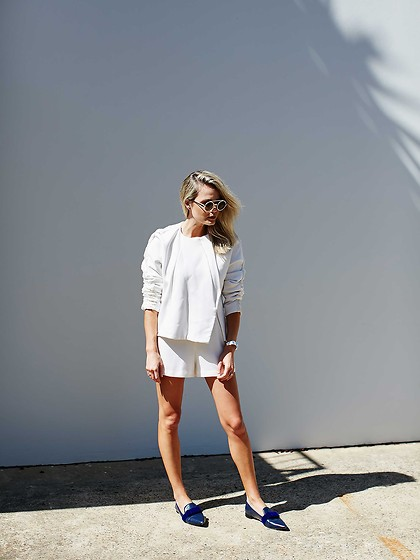 BROOKE TESTONI -  - ALL WHITE EVERYTHING