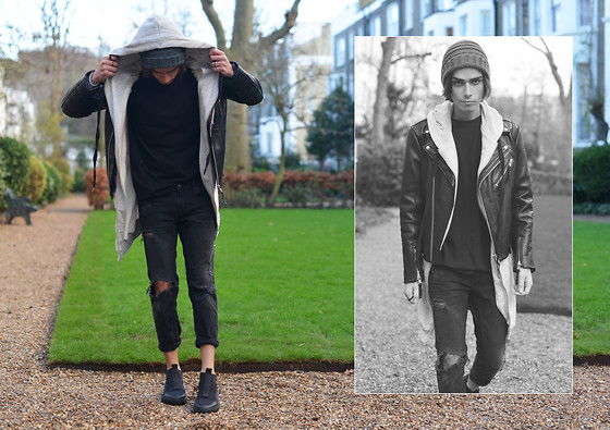Gianni Sarracino - Alexander Wang X Hm Scuba Slip Ons, Modekungen T Shirt, H&M Leather Jacket - Black Gray Old New