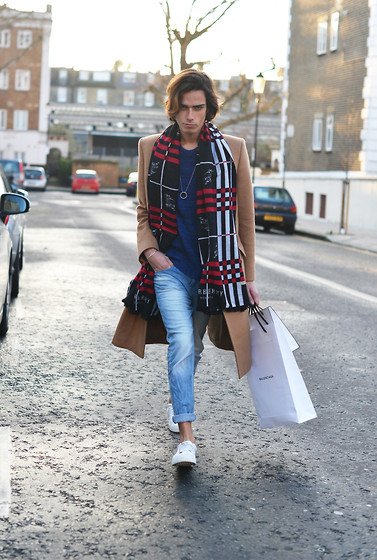 Gianni Sarracino - Maison Margiela Coat, Zara Leather Trainers, Burberry London Scarf - CAMEL SHOPPING